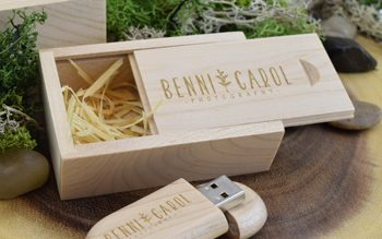32Gb USB & Small Wooden Slide Gift Box